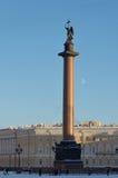 Η στήλη του Αλεξάνδρου στο κέντρο της πόλης Στοκ Εικόνες
