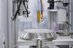 η στενή dof δοκιμή εργαστηριακών χαμηλή φωτογραφιών εστίασης εξοπλισμού φ ειδική τόνισε τους σωλήνες επάνω στο Χ στοκ φωτογραφίες