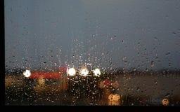 η συλλογή ρίχνει το παράθυρο βροχής φύσης στοκ εικόνες με δικαίωμα ελεύθερης χρήσης
