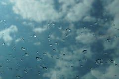 η συλλογή ρίχνει το παράθυρο βροχής φύσης στοκ φωτογραφία με δικαίωμα ελεύθερης χρήσης