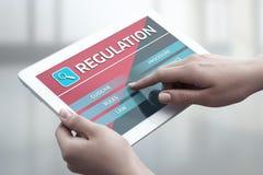 Η συμμόρφωση κανονισμού κυβερνά την τυποποιημένη έννοια επιχειρησιακής τεχνολογίας νόμου Στοκ Εικόνες