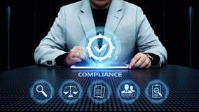 Η συμμόρφωση κυβερνά την έννοια τεχνολογίας πολιτικών επιχειρήσεων κανονισμού νόμου στοκ φωτογραφία