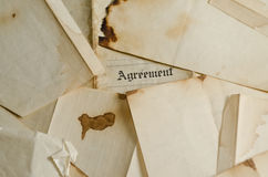 η συμφωνία 2 έκαψε παλαιό Στοκ εικόνες με δικαίωμα ελεύθερης χρήσης