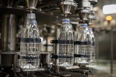 Η συσκευασία συρρικνώνεται τον εξοπλισμό τροφίμων Στοκ Εικόνα