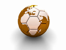 Η σφαίρα ποδοσφαίρου με την εικόνα των μερών του κόσμου τρισδιάστατου δίνει Στοκ φωτογραφία με δικαίωμα ελεύθερης χρήσης