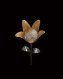 Η σφαίρα σε ένα λουλούδι τρισδιάστατο δίνει Στοκ φωτογραφία με δικαίωμα ελεύθερης χρήσης