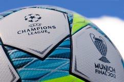 η σφαίρα 2012 υπερασπίζεται το τελικό UEFA ένωσης Στοκ εικόνα με δικαίωμα ελεύθερης χρήσης