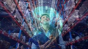 Η σύνθεση αποθηκών εμπορευμάτων του ατόμου στην αποθήκη εμπορευμάτων συνδύασε με τη ζωτικότητα της συνδεδεμένης γης απόθεμα βίντεο