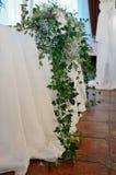 Η σύνθεση των λουλουδιών και αυξήθηκε evkoliptovoy άμπελοι Στοκ φωτογραφία με δικαίωμα ελεύθερης χρήσης
