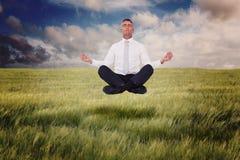 Η σύνθετη εικόνα επιχειρηματιών zen στο λωτό θέτει Στοκ φωτογραφία με δικαίωμα ελεύθερης χρήσης