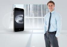 Η σύνθετη εικόνα του χαμογελώντας επιχειρηματία που στέκεται με παραδίδει την τσέπη Στοκ εικόνες με δικαίωμα ελεύθερης χρήσης