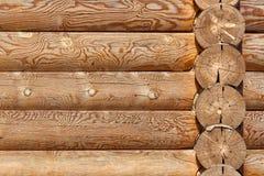 Η σύσταση του ξύλινου τοίχου του σπιτιού Στοκ φωτογραφία με δικαίωμα ελεύθερης χρήσης