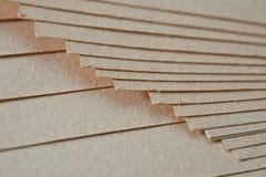 Η σύσταση του χονδροειδούς εγγράφου, μια δέσμη του χαρτονιού στοκ φωτογραφία
