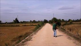Η σύλληψη γερακιών πετριτών προσεύχεται φιλμ μικρού μήκους