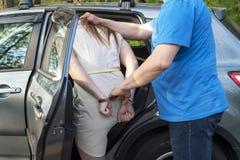 Η σύλληψη μιας νέας γυναίκας στοκ εικόνες με δικαίωμα ελεύθερης χρήσης
