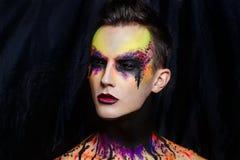 Η τέχνη ατόμων αποτελεί Στοκ φωτογραφία με δικαίωμα ελεύθερης χρήσης