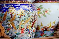 Η τέχνη Benjarong είναι παραδοσιακό ταϊλανδικό ύφος πέντε βασικό χρωμάτων pott Στοκ φωτογραφία με δικαίωμα ελεύθερης χρήσης