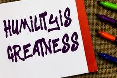 Η ταπεινότητα κειμένων γραφής είναι μεγαλείο Η σημασία έννοιας που είναι ταπεινή είναι μια αρετή για να μην αισθανθεί υπερβολικά  στοκ εικόνα με δικαίωμα ελεύθερης χρήσης