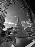 Η ταϊλανδική αρχιτεκτονική, Wat Mahawan είναι θόριο Στοκ εικόνα με δικαίωμα ελεύθερης χρήσης