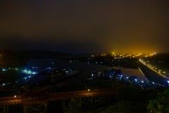 Η τεχνητά λίμνη khao laem και mon το χωριό προσφύγων Στοκ εικόνες με δικαίωμα ελεύθερης χρήσης