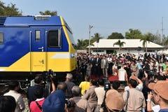Η τελετή μεταφοράς της diesel-ηλεκτρικής ατμομηχανής για να δηλώσει το σιδηρόδρομο της Ταϊλάνδης Στοκ εικόνα με δικαίωμα ελεύθερης χρήσης