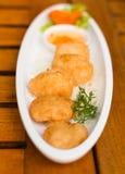 Η τηγανισμένη γαρίδα συσσωματώνει τα ταϊλανδικά τρόφιμα Στοκ Εικόνα