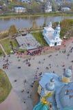 Η τοπ άποψη σχετικά με το τετράγωνο με την εκκλησία Στοκ Φωτογραφίες