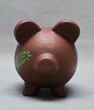 η τράπεζα χρωμάτισε piggy Στοκ φωτογραφία με δικαίωμα ελεύθερης χρήσης