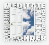 Η τρισδιάστατη πόρτα του Word Meditate χαλαρώνει την εσωτερική συγκέντρωση αντανάκλασης ειρήνης Στοκ Εικόνα