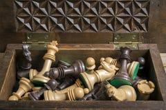 η τρισδιάστατη υψηλή εικόνα αριθμών σκακιού ανασκόπησης μαύρη δίνει τη διάλυση Στοκ Φωτογραφία
