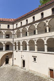 14η υπεράσπιση Castle Pieskowa Skala αιώνα, arcade προαύλιο, κοντά στην Κρακοβία, Πολωνία Στοκ Εικόνες
