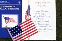 Η υποχρέωση της υποταγής με τη αμερικανική σημαία, Λος Άντζελες, Καλιφόρνια στοκ εικόνες με δικαίωμα ελεύθερης χρήσης