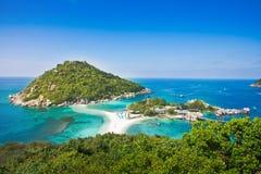 Η υψηλότερη άποψη του nangyuan νησιού koh στο tao Ταϊλάνδη στο όμορφο υπόβαθρο τοπίων φύσης στοκ φωτογραφία