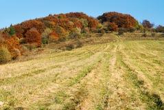 Η φθινοπωρινή άποψη του strazov τοποθετεί στο strazovske vrchy Στοκ Εικόνες
