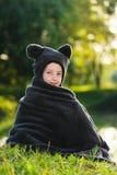 Η φθορά νέων κοριτσιών αντέχει το κοστούμι Στοκ Φωτογραφίες
