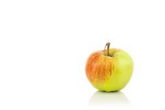 Η φρέσκια νόστιμη Apple στο λευκό Στοκ Εικόνες