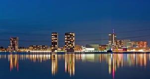 Η φωτισμένη πόλη Almere Στοκ εικόνες με δικαίωμα ελεύθερης χρήσης