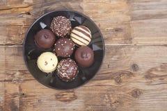 Η χαρακτηριστική ολλανδική σοκολάτα μεταχειρίζεται με η κρέμα μέσα Στοκ φωτογραφίες με δικαίωμα ελεύθερης χρήσης