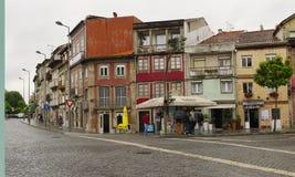 Η χαρακτηριστική παλαιά ζωηρόχρωμη κατοικία, Braga, Πορτογαλία Στοκ Εικόνες