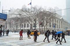 Η χιονώδης Νέα Υόρκη ανταλάσσει Στοκ φωτογραφία με δικαίωμα ελεύθερης χρήσης