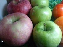 η χρήση φρούτων κάνει το χυμό Στοκ Εικόνες