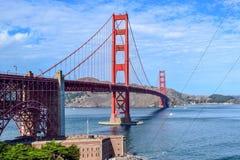 Η χρυσή γέφυρα πυλών που βλέπει από το σημείο οχυρών, Σαν Φρανσίσκο, Κα στοκ φωτογραφία με δικαίωμα ελεύθερης χρήσης