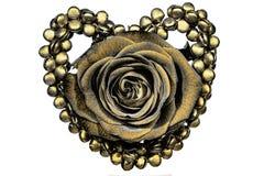 Η χρυσή καρδιά και αυξήθηκε διακόσμηση Στοκ Φωτογραφίες
