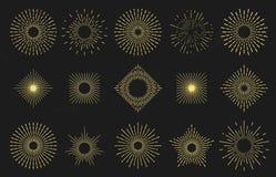 Η χρυσή φλόγα ήλιων ηλιοφάνειας ακτινοβόλος, σύνορα ακτίνων ηλιοφάνειας και αναδρομικός λάμπει διανυσματικό σύνολο διακριτικών γρ ελεύθερη απεικόνιση δικαιώματος