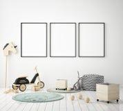 Η χλεύη επάνω στο πλαίσιο αφισών στην κρεβατοκάμαρα παιδιών, Σκανδιναβικό εσωτερικό υπόβαθρο ύφους, τρισδιάστατο δίνει Στοκ Εικόνες