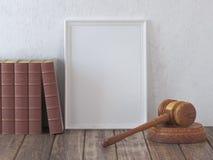 Η χλεύη επάνω gavel και ο εκλεκτής ποιότητας δικηγόρος κρατούν με το διάστημα για την άδεια, CE διανυσματική απεικόνιση