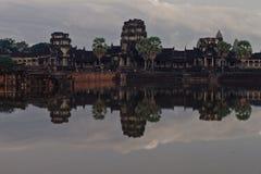 Η όμορφη ανατολή σε Ankor Wat, Siem συγκεντρώνει την Καμπότζη Στοκ εικόνα με δικαίωμα ελεύθερης χρήσης