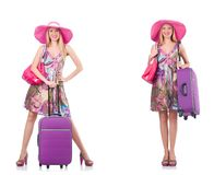 Η όμορφη γυναίκα με τη βαλίτσα που απομονώνεται στο λευκό στοκ φωτογραφίες με δικαίωμα ελεύθερης χρήσης