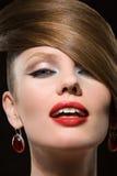 Η όμορφη γυναίκα. Στοκ εικόνα με δικαίωμα ελεύθερης χρήσης
