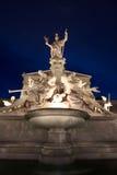 Η όμορφη πηγή του ορόσημου Αθηνάς - της Βιέννης στοκ εικόνα